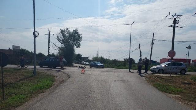 Biciclist accidentat grav la Vladimirescu