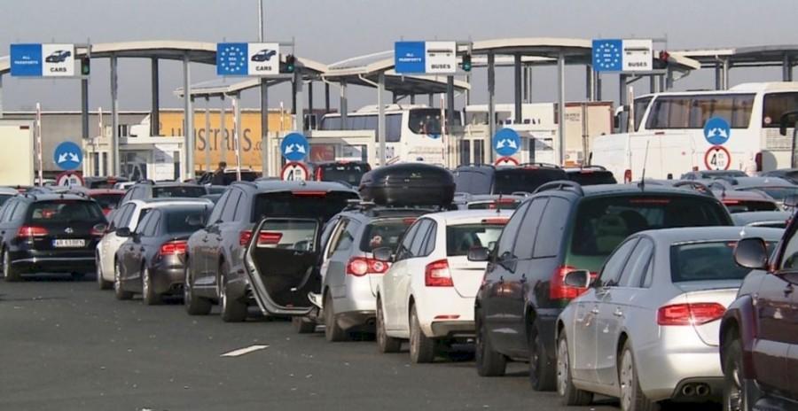 Aproximativ 174.200 de persoane - prin punctele de frontieră în ultimele 24 de ore