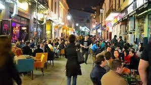 Câte persoane pot participa la festivaluri sau evenimente private și în ce condiții de la 1 august