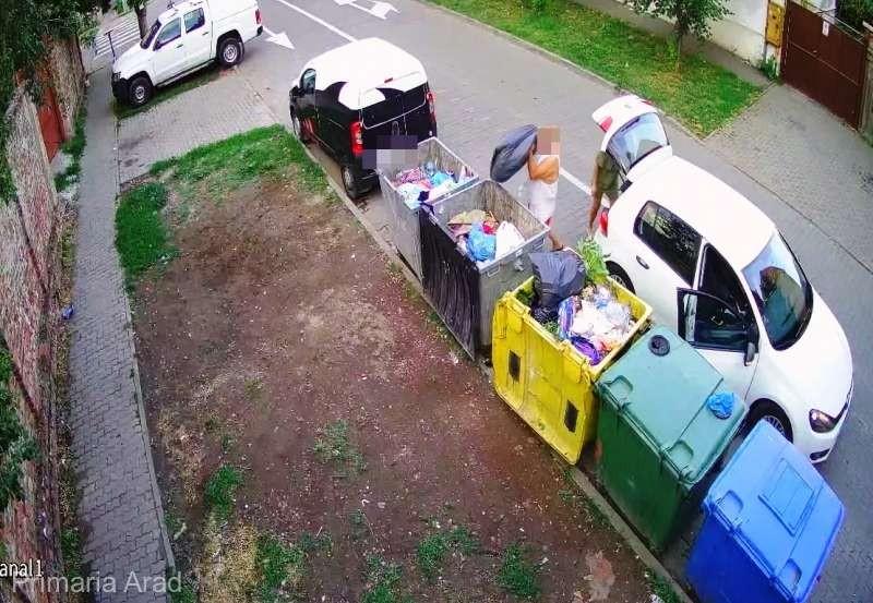 Primăria Arad monitorizează video containerele de gunoi pentru a sancţiona aruncarea deşeurilor neconforme