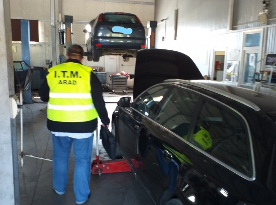 Atelierele auto luate la purecat de ITM; la cât se ridică valoarea amenzilor