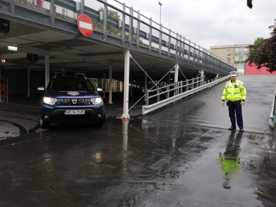 Ce AMENZI riscă şoferii care calcă pe bec după terminarea licitaţiei pentru locurile de parcare de reşedinţă din Alfa