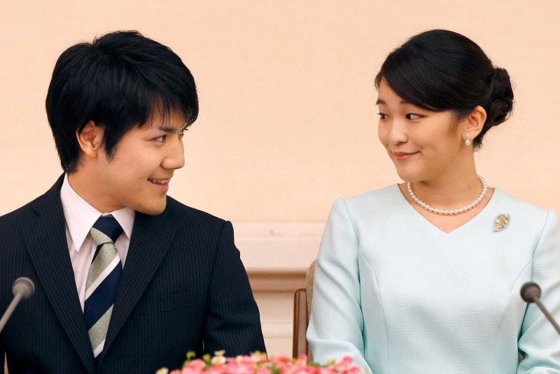 Prințesa japoneză Mako renunță la statutul regal și la compensațiile de milioane de dolari pentru a se putea căsători cu bărbatul iubit