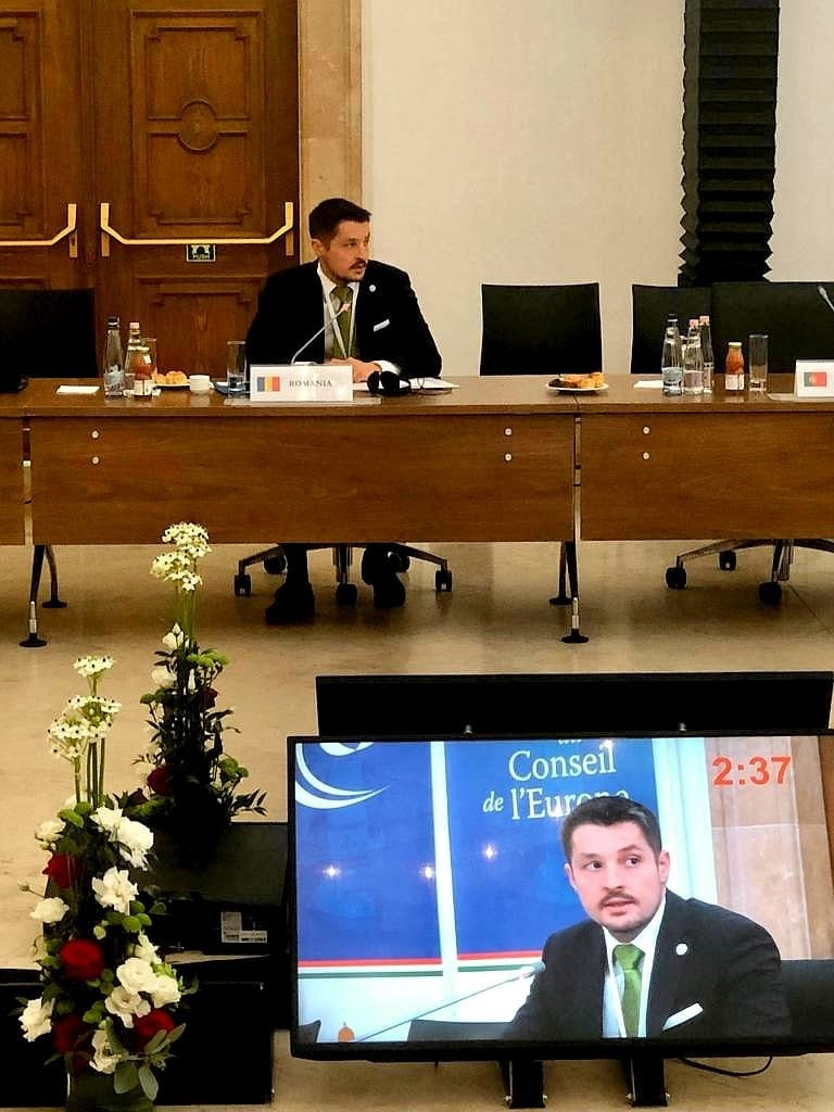 """Delegația României la conferința Consiliului Europei """"Tehnologia digitală și inteligența artificială – noi provocări pentru Justiție în Europa"""" a fost condusă de secretarul de stat Mihai Pașca"""