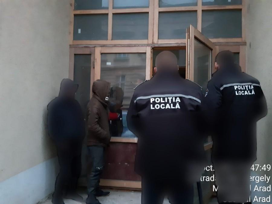 Razie la Tricoul Roşu şi Hotelul Sportiv: ce au descoperit poliţiştii locali (FOTO)