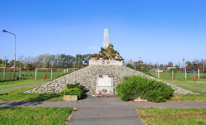 Monumentul celor 13 generali